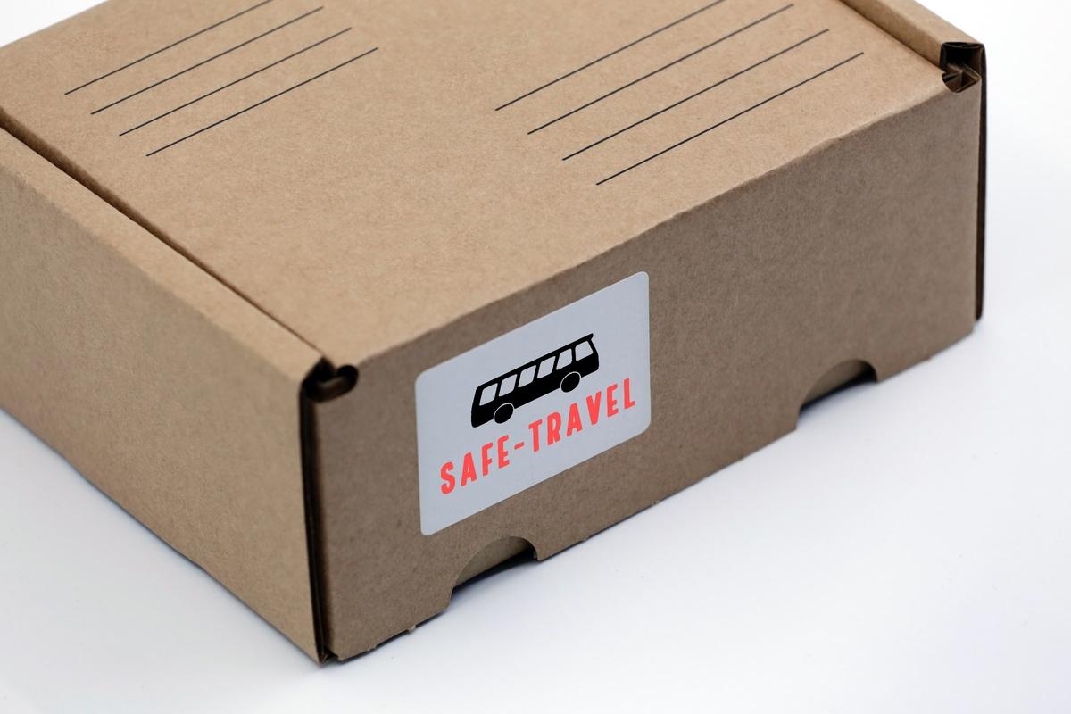 Atentioneaza asupra existentei serviciilor de curierat oferite de Safe Travel